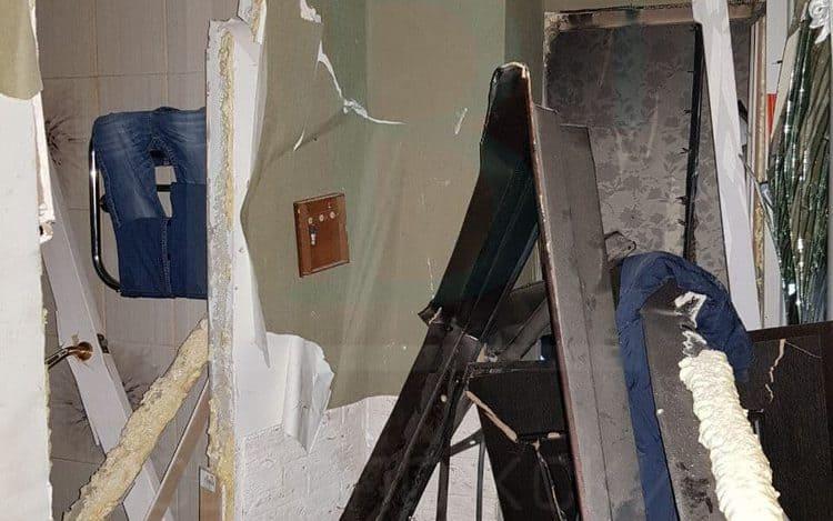 Взрыв на 12 этаже жилого дома Санкт-Петербург: без жилья остались две семьи, есть пострадавшие